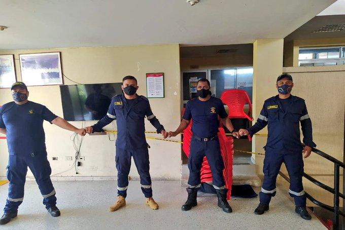 Cuerpo de Bomberos en Valledupar protestan