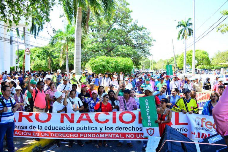 Más de 2.600 profesores en Valledupar se van a paro por falta de pagos