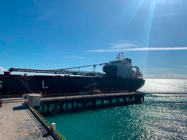 Desde Puerto Bolívar, Cerrejón despachó el primer buque tras finalizar la huelga