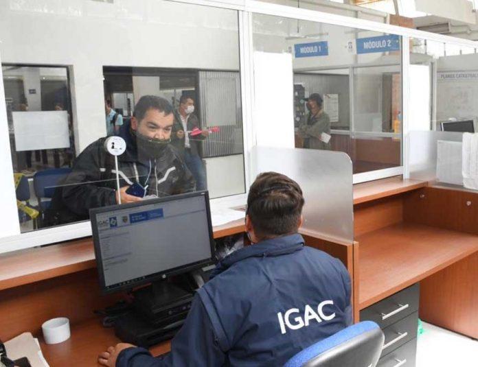 Personas inescrupulosas están solicitando hojas de vida y recursos económicos para contratar técnicos y profesionales con miras a supuestos procesos de actualización catastral de los municipios de La Paz y Manaure, por parte del Instituto Geográfico Agustín Codazzi (IGAC).