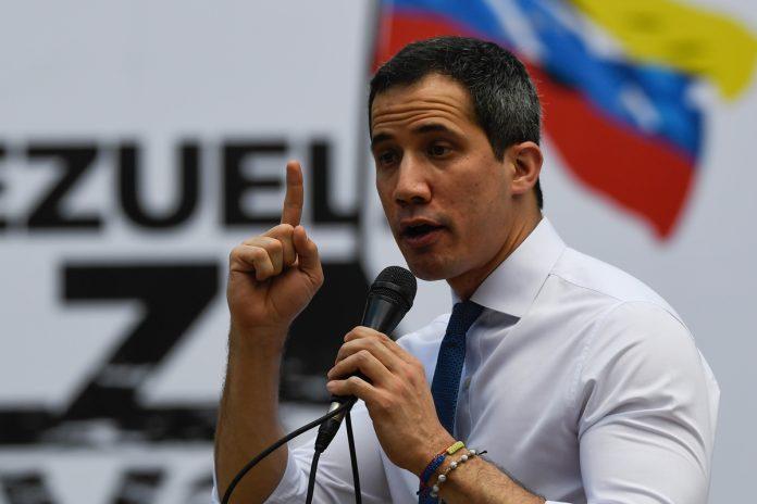 La política en Venezuela se ha visto empañada por corrupción, asaltos de los DDHH y libertad de prensa entre otros