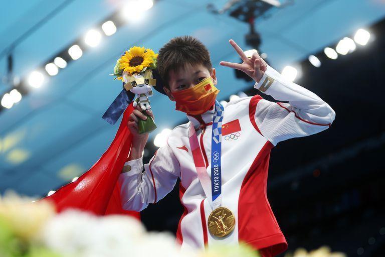 China de 14 años consiguió triple puntaje perfecto en clavados de Tokio 2020