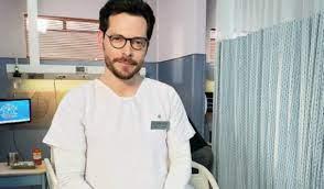 ¿Actor Julián Trujillo, de 'Enfermeras', es gay como su personaje?