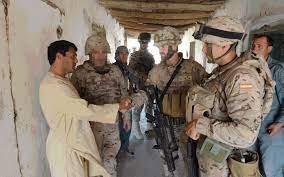 Reino Unido inició una investigación sobre la filtración de datos de intérpretes afganos