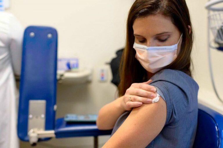 Venezolanos sin documentos podrán vacunarse contra Covid-19 en Valledupar